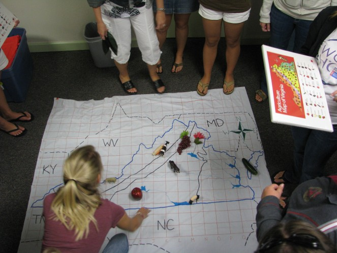 Students make a map of Virginia agricultural products.