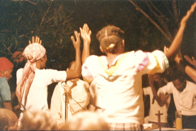 Praise and thanksgiving in Hinche, 1990
